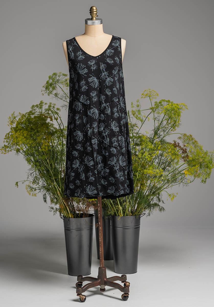 Rose dress black dill