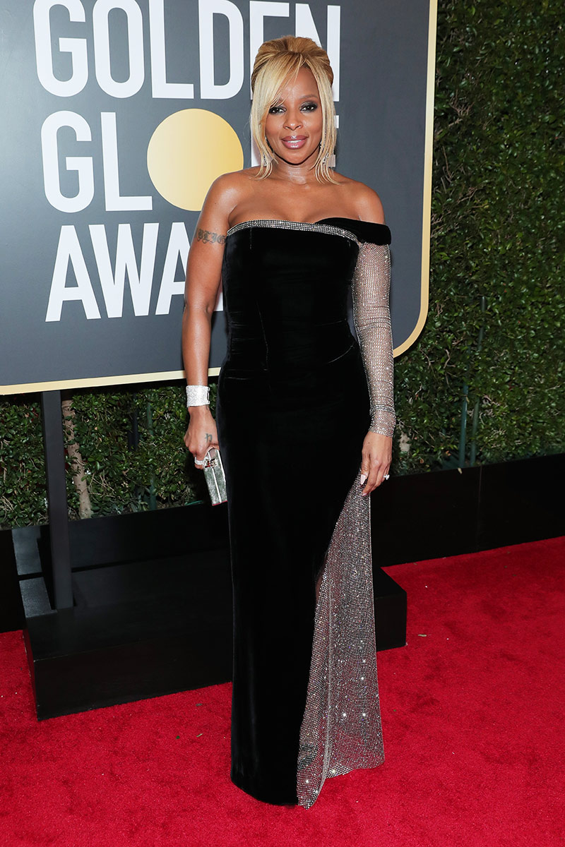 Mary J Blige wearing Alberta Ferretti.