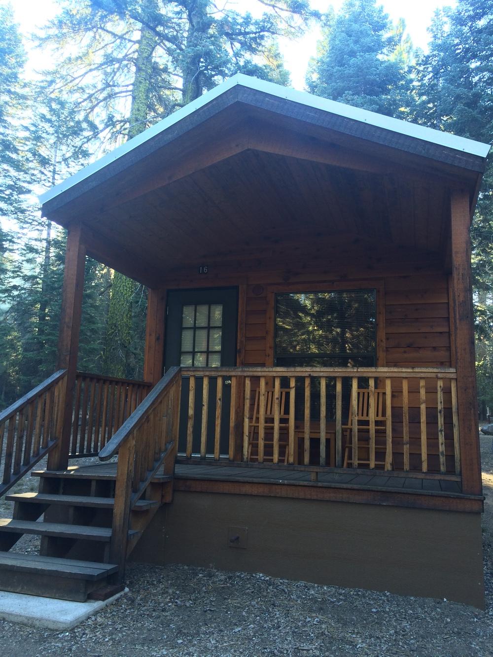 Cabin rentals near Manzanita Lake.