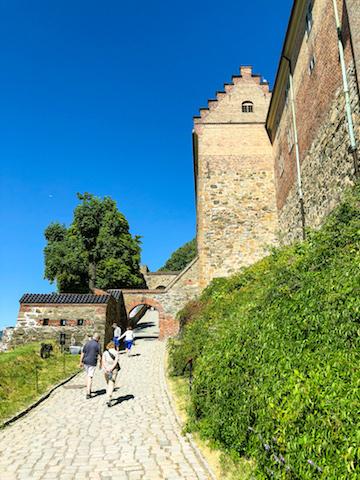 Walking up along the Akershus Fortress.