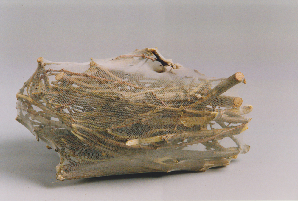 Nylons, Äste, 32x45x23 cm