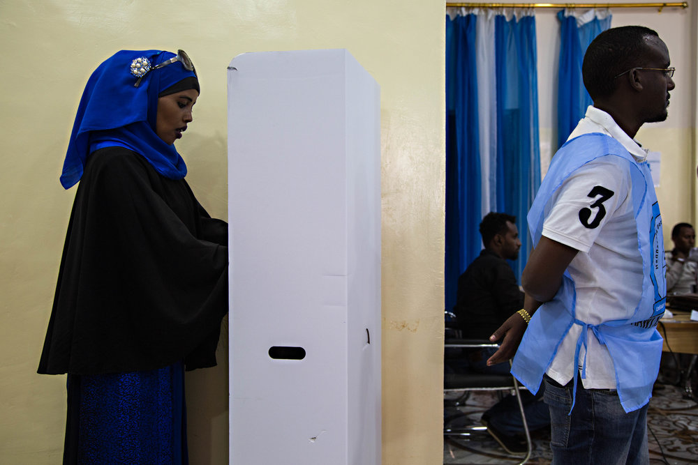 SOMALIA LURCHES FROM CHAOS TO FIRST DEMOCRATIC RULE IN DECADES | USA TODAY