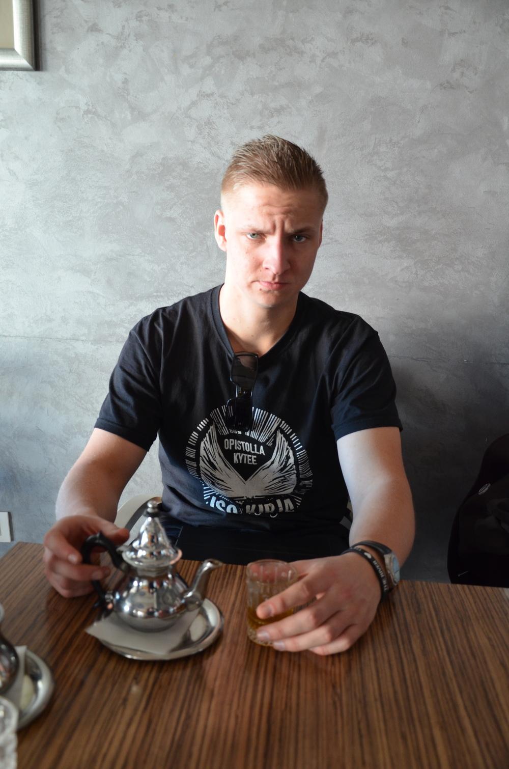 Maisteltiin Marokkolaista teetä.