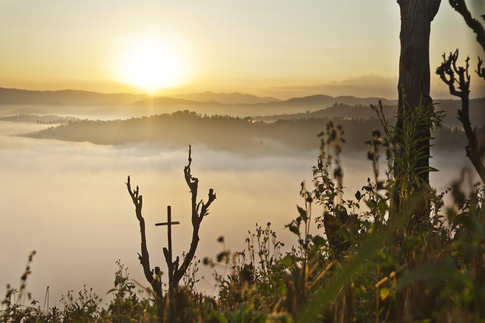 Auringonnousu vuorilla