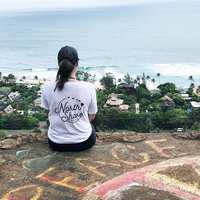 Women's North Shore Surf Shop boyfriend tee 🖤 Fully stocked at our boutique location.