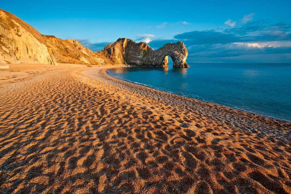 Durdle Door on the Dorset coast, England  (Terry Yarrow/Shutterstock)