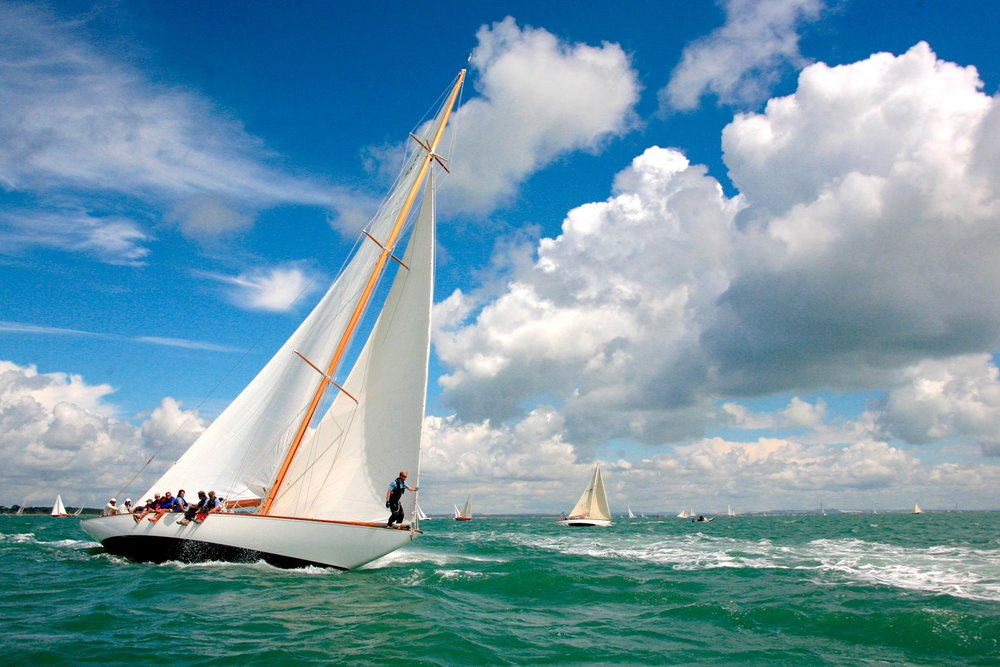 Sailing on the Solent  (Barry James Wilson/Shutterstock)