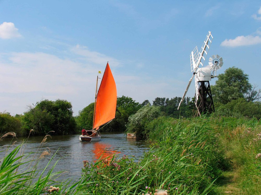 Sailing on the Broads, Norfolk  (Laurence Gough/Shutterstock)