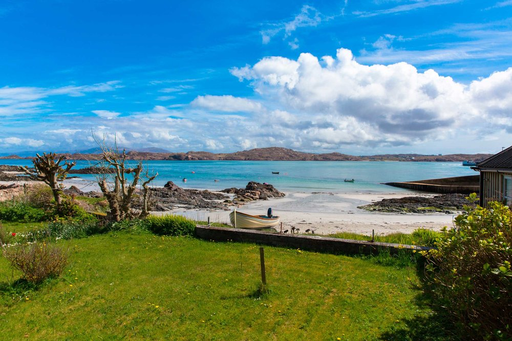 Iona, an unofficial wonder of the world (Mike Charles/Shutterstock)