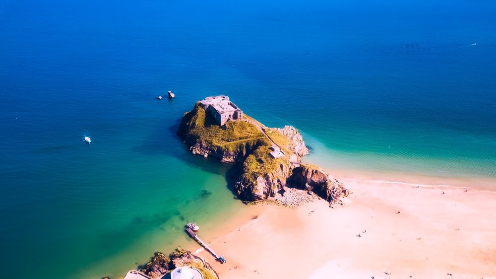 Is that really Britain? Damn right... it's Tenby, Pembrokeshire  (Creative Commons)