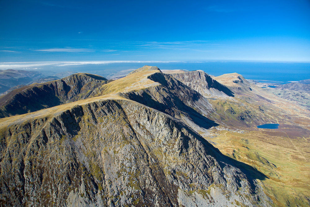 M131-023-D+-+Cadair+Idris+(looking+west+toward+Barmouth)+Snowdonia.jpg