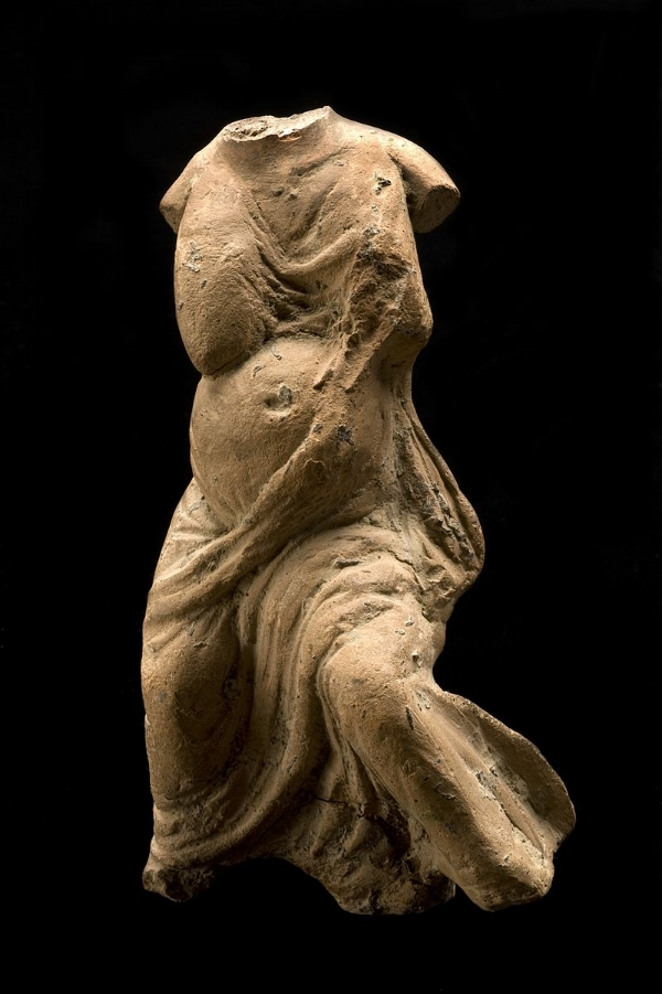 Roman Votive of a pregnant female,ca. 200 BCE - 200 CE ( Wikimedia Commons )
