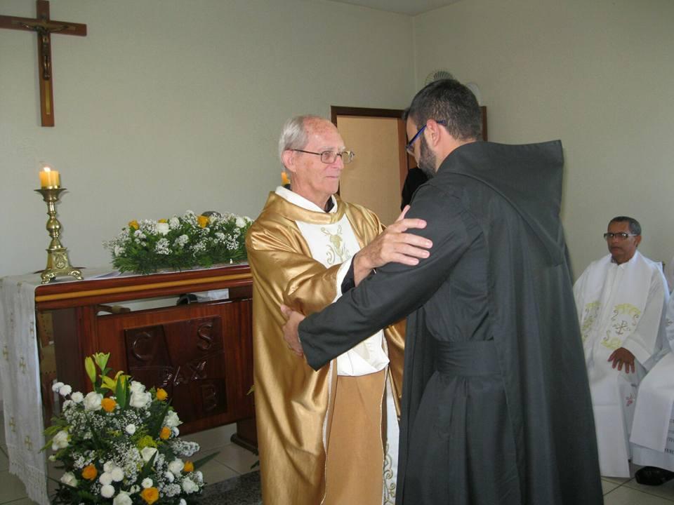 Prior Duane embraces Bro. Thiago after his vows.jpg