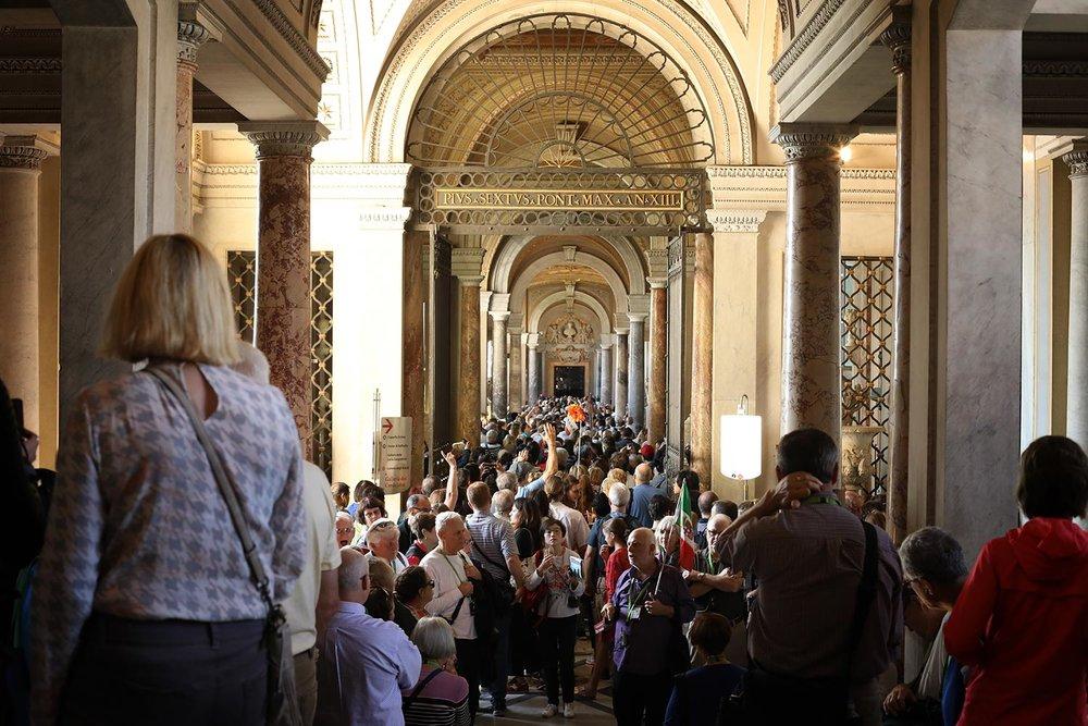 Pilgrimage_Rome_3347_StPeters.jpg