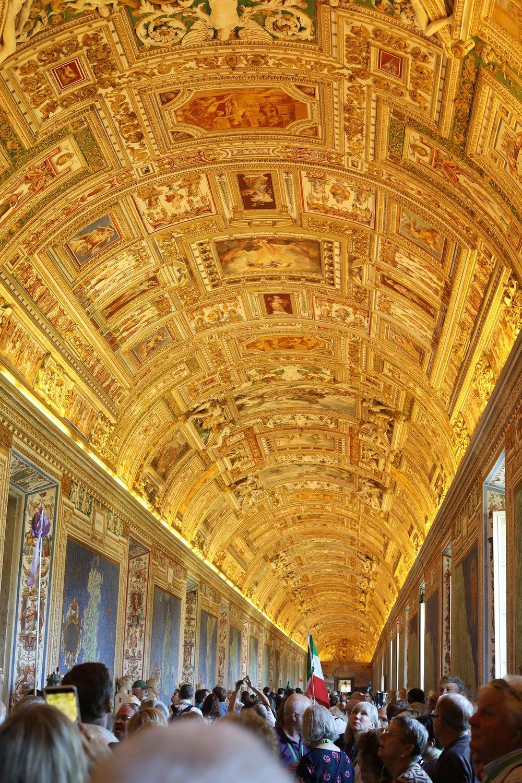 Pilgrimage_Rome_3377_StPeters.jpg