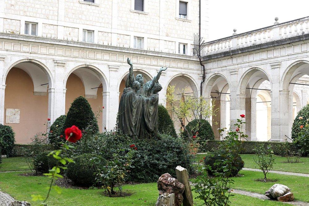 Pilgrimage_Rome_3760_MonteCassino.jpg