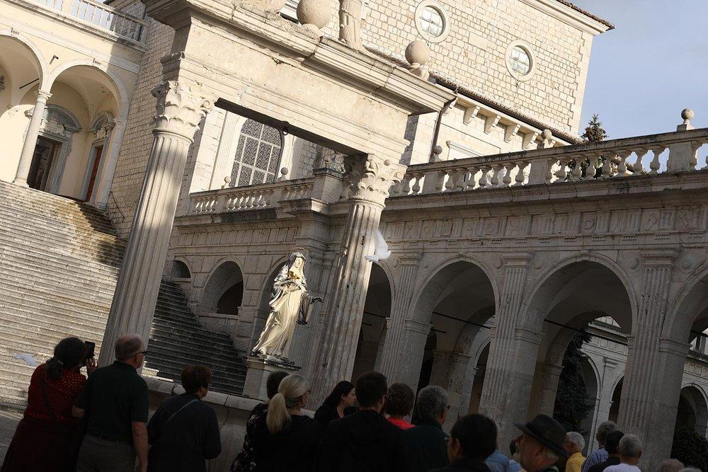 Pilgrimage_Rome_3842_MonteCassino.jpg