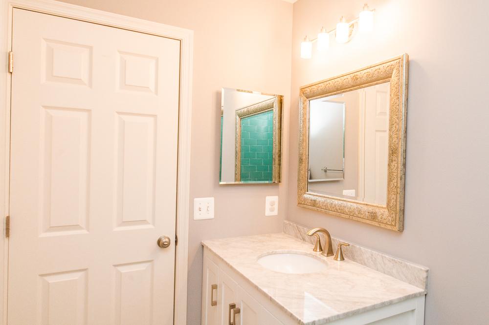 Moder Bathroom Remodeling Ellicott City MD_-5.jpg