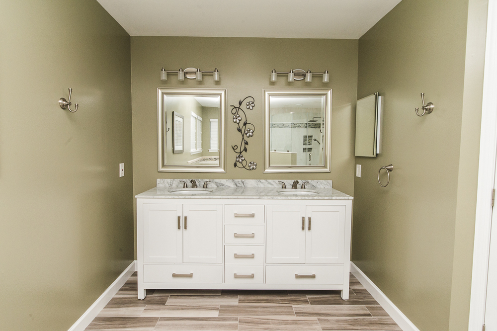 Moder Bathroom Remodeling Ellicott City MD_-26.jpg