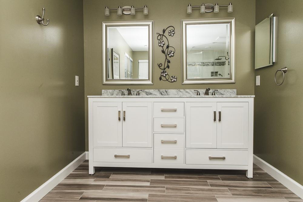 Moder Bathroom Remodeling Ellicott City MD_-14.jpg