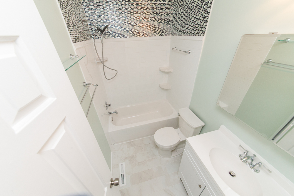 Ellicot City Bathroom Remodeler Low-18.jpg