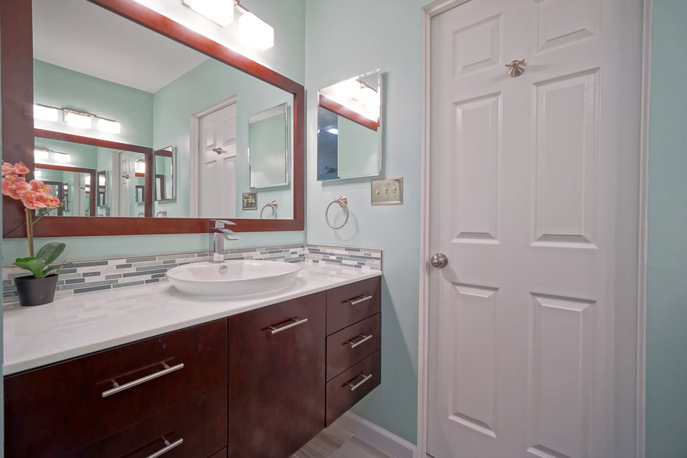 Bathroom remodel Crofton MD 15.JPG