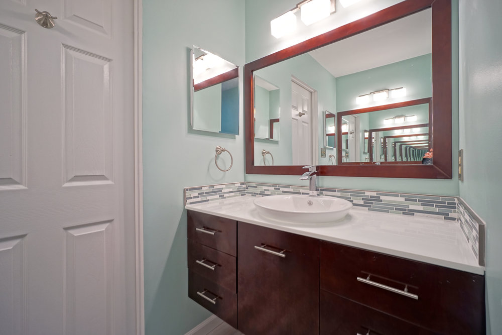 Bathroom remodel Crofton MD 17.JPG