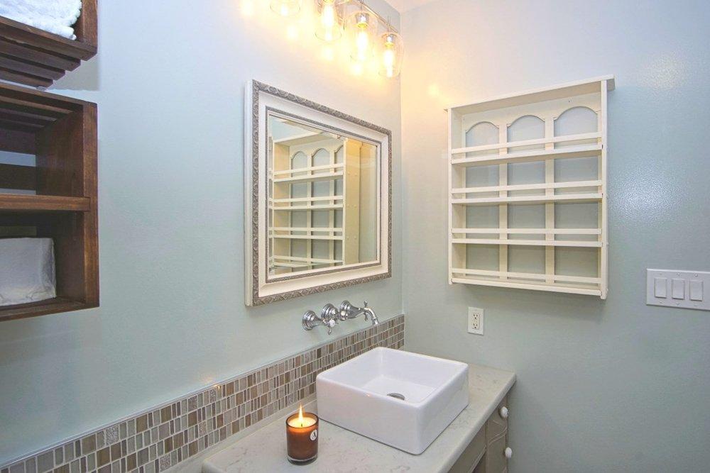 Bathroom remodeler Rockville MD-14.JPG