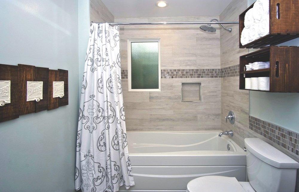 Bathroom remodeler Rockville MD-8.JPG
