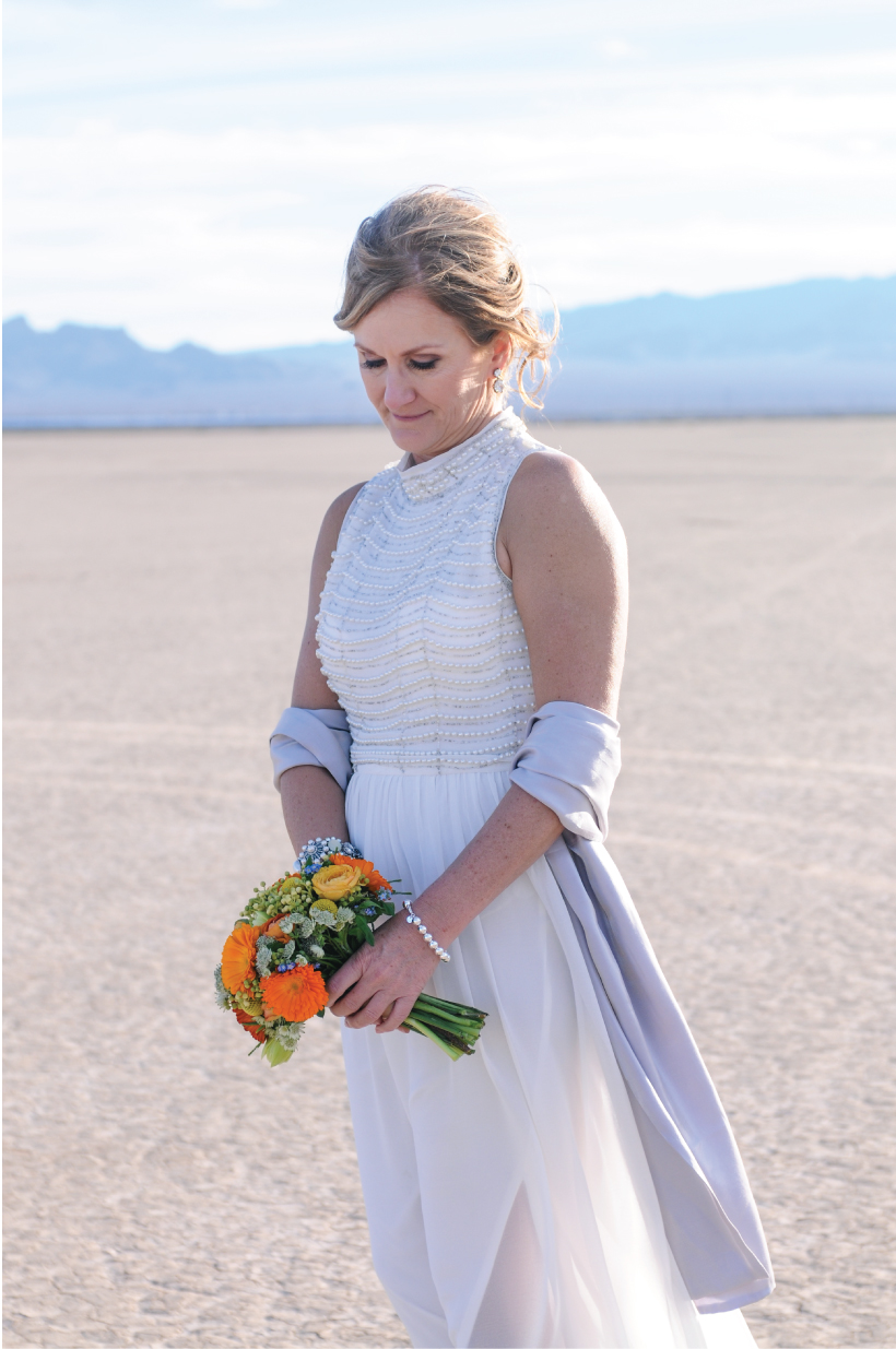 pop up wedding, las vegas elopement, ashley marie myers, las vegas wedding, elopement, desert elopement, vintage elopement