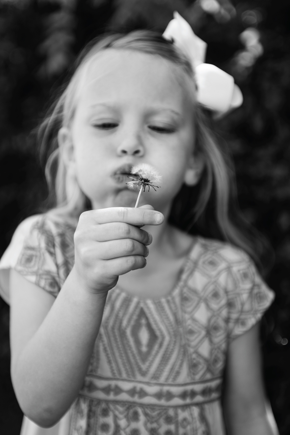 lifestyle children photography, children photography, ashley marie myers, photographing children, how to photograph children, summer, old navy, jellies, children photos, photography of children