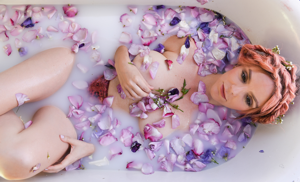 rose bath, milk bath, flores lane candles, boho bunnie, joshua tree, rose petal bath, milky bath shoot,pink hair, pastel pink hair,