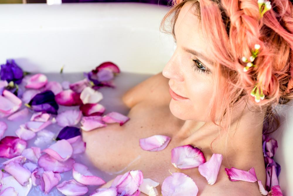 rose bath, milk bath, flores lane candles, boho bunnie, joshua tree, rose petal bath, milky bath shoot, pastel pink hair, overtone pink hair, pink hair