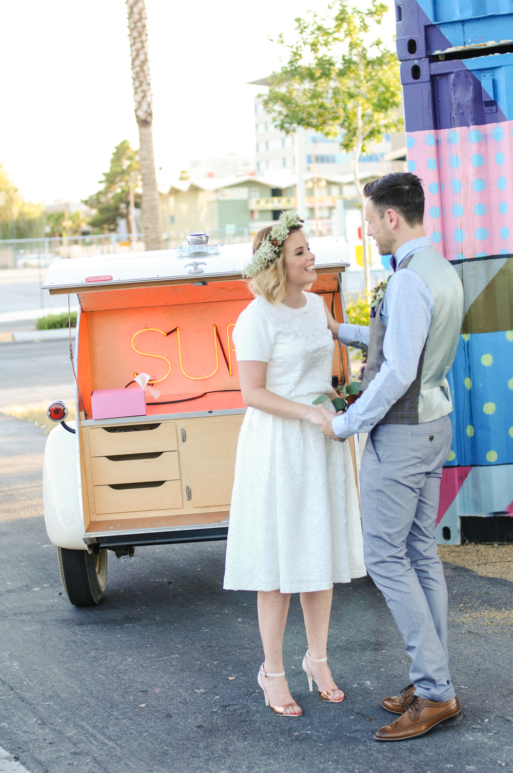 pop up wedding, elopement, las vegas elopement, las vegas wedding, downtown las vegas wedding, flora pop wedding, las vegas, ashley marie myers, fora pop up wedding, flower crown wedding, simple bride, destination wedding