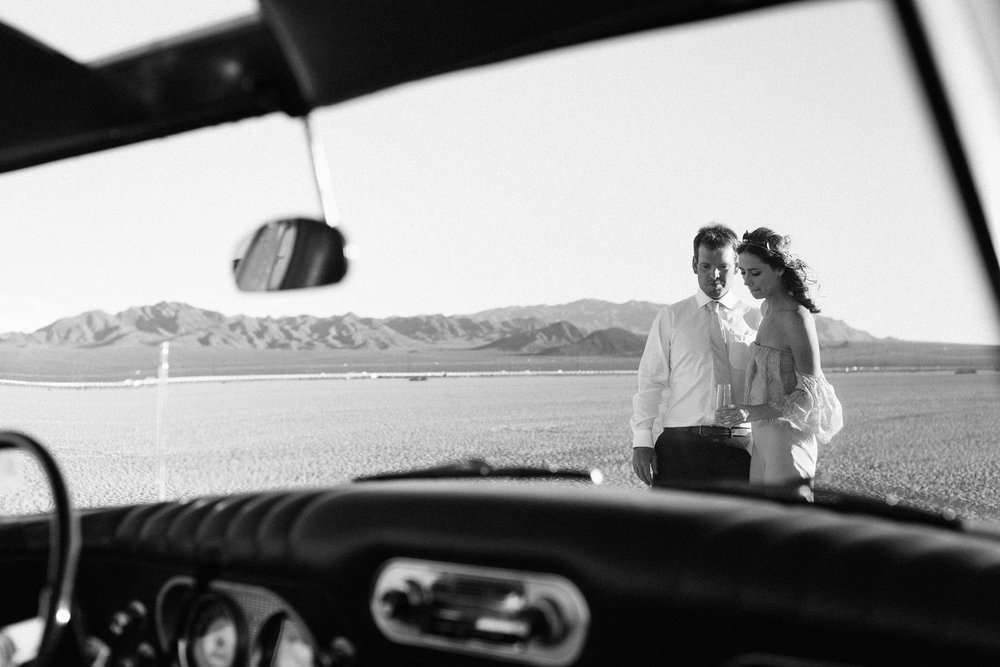 pop up wedding elopement photography las vegas wedding photography ashley marie meyrs-128 copy.jpg
