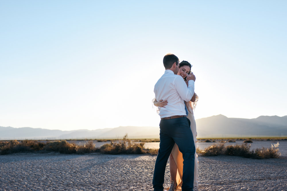 pop up wedding elopement photography las vegas wedding photography ashley marie meyrs-190 copy.jpg