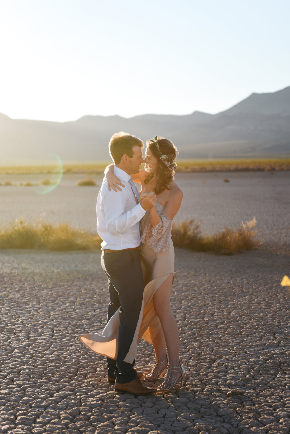 pop up wedding elopement photography las vegas wedding photography ashley marie meyrs-202 copy.jpg