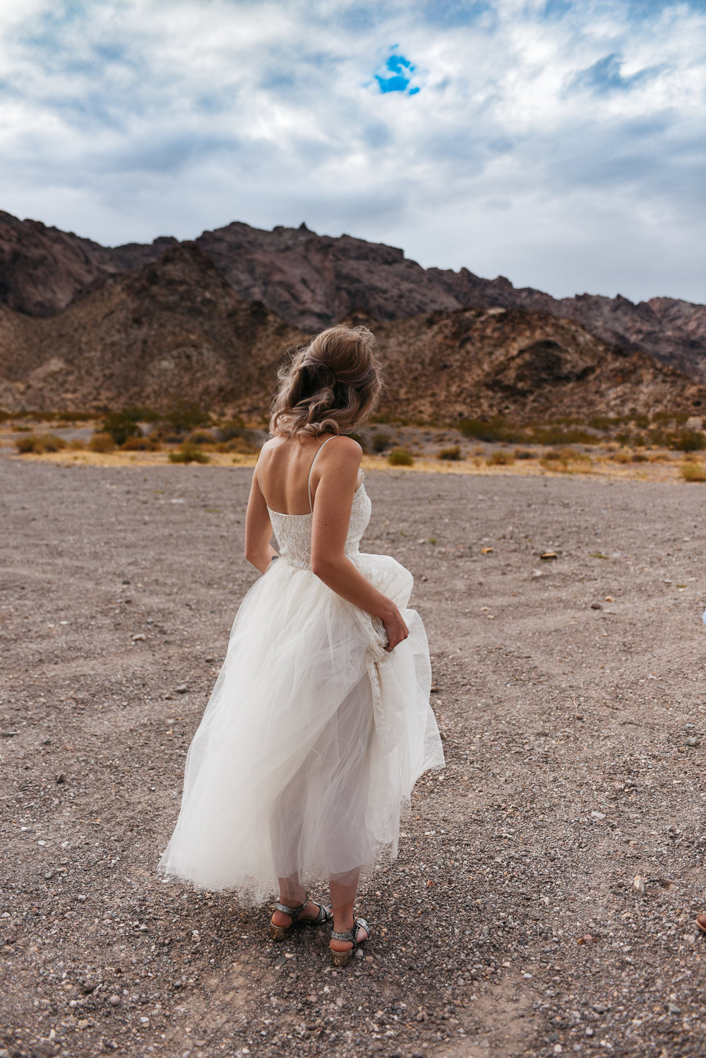 Las Vegas elopement flora pop desert wedding Photography By Ashley Marie-3.jpg