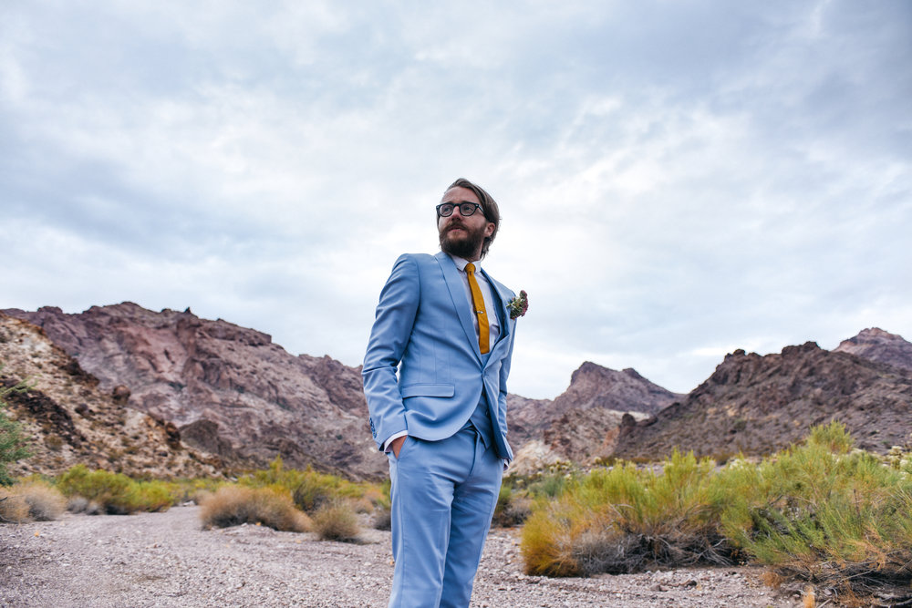 Las Vegas elopement flora pop desert wedding Photography By Ashley Marie-15.jpg