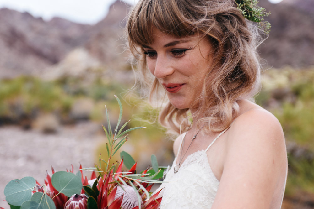Las Vegas elopement flora pop desert wedding Photography By Ashley Marie-27.jpg