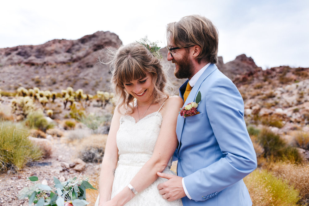 Las Vegas elopement flora pop desert wedding Photography By Ashley Marie-39.jpg