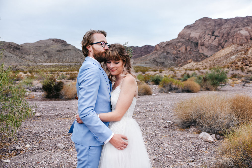 Las Vegas elopement flora pop desert wedding Photography By Ashley Marie-41.jpg
