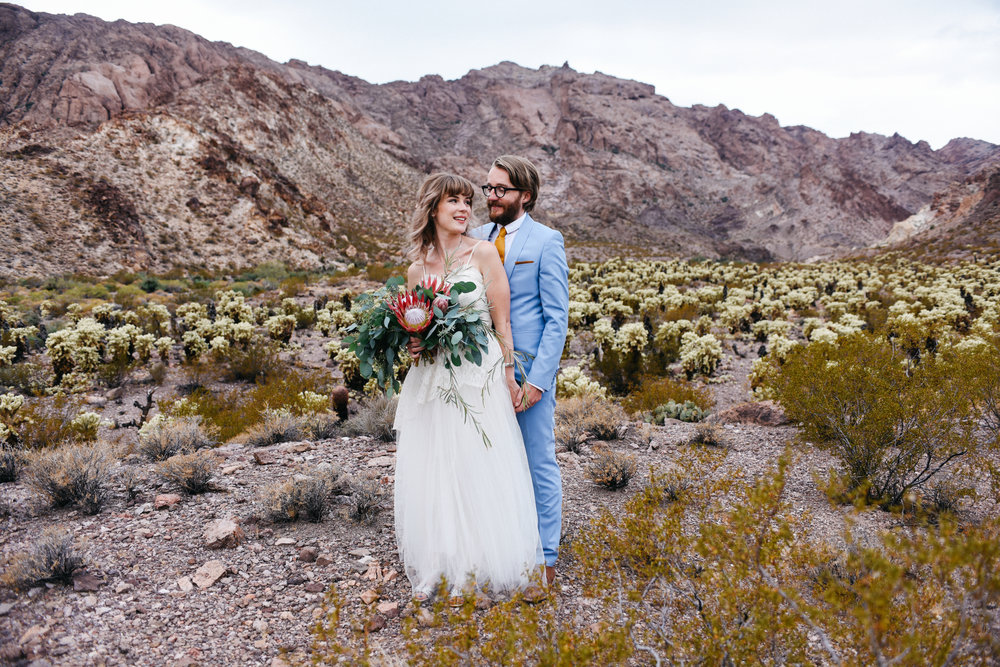 Las Vegas elopement flora pop desert wedding Photography By Ashley Marie-43.jpg