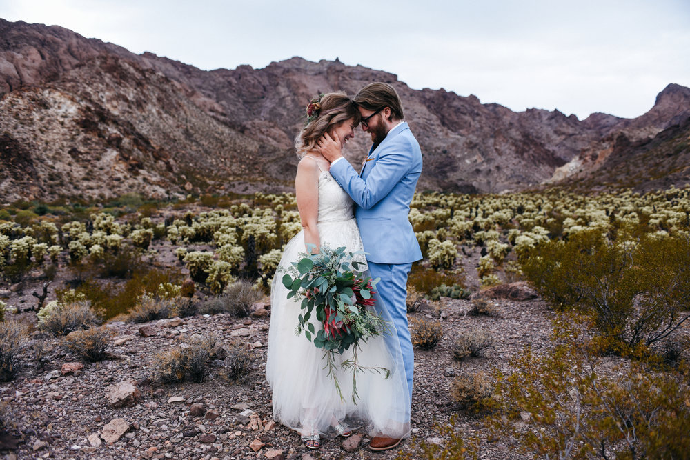 Las Vegas elopement flora pop desert wedding Photography By Ashley Marie-44.jpg