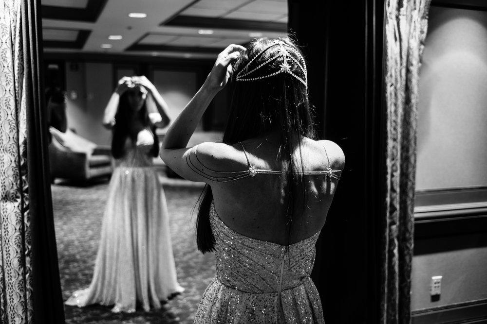 black and white photo wedding, bride, wedding dress, getting ready photos,Las Vegas Country Club Wedding, Golf course wedding, Las Vegas Wedding, Lifestyle Photography, Sunset wedding, Fall wedding, Flora Pop Wedding,