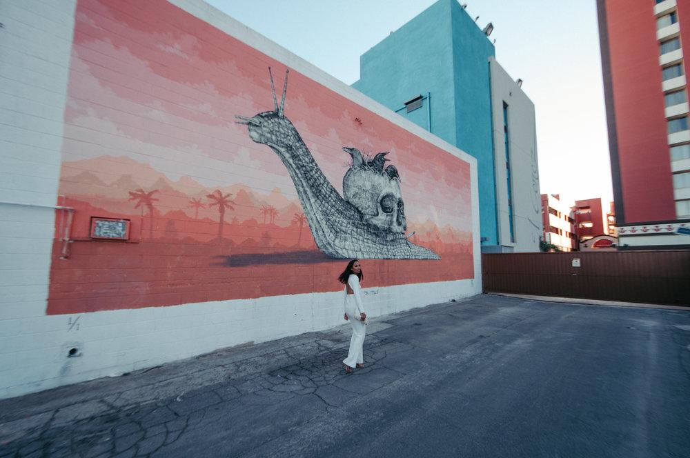 DTLV, downtown las vegas, las vegas murals, mural wedding,Neon Museum, Las Vegas Neon Museum, Neon Museum wedding, Vintage signs, Las Vegas Elopement, Flora Pop Elopement, Dry Lake Bed Elopement,