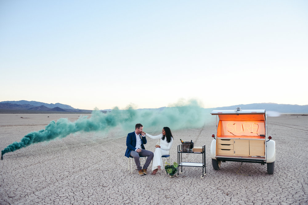 dry lake bed elopement, flora pop elopement, las vegas elopement, las vegas wedding, wedding flowers, bride