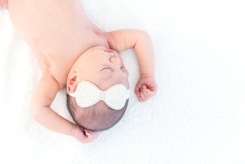 newborn, newborn photography, lifestyle photography, lifestyle newborn, baby girl, newborn girl, white bow, girl, its a girl, baby, infant,