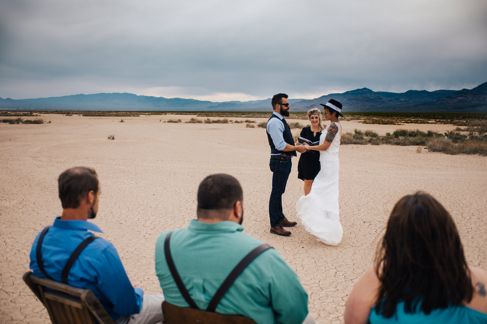 dry lake bed elopement peachy keen unions las vegas wedding tattoo shop photography by ashley marie-20 copy.jpg