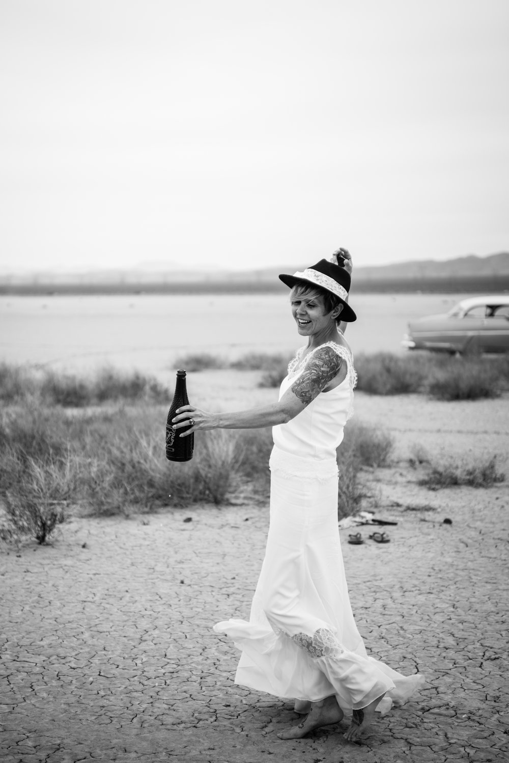 dry lake bed elopement peachy keen unions las vegas wedding tattoo shop photography by ashley marie-156 copy.jpg